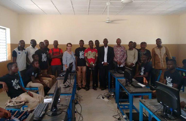Visite de Marie-Thérèse Robert, présidente de Solidarité-Burkina