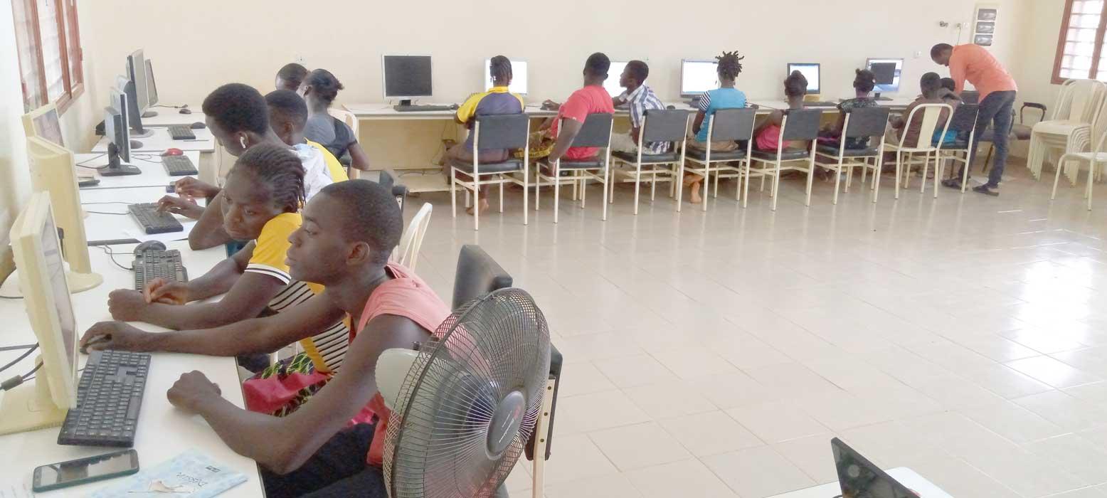 Bénéficiaires du centre de Komki-Ipala